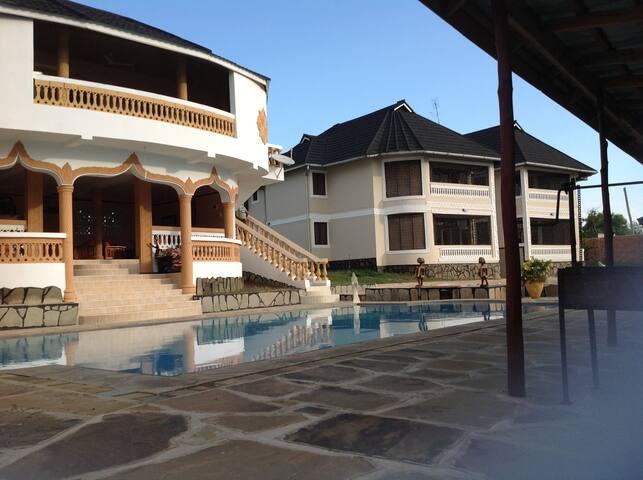 Maweni Villas Ukunda - Ukunda - Villa