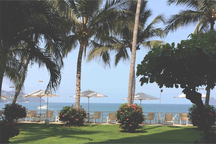 Exclusive Costera beach side condo