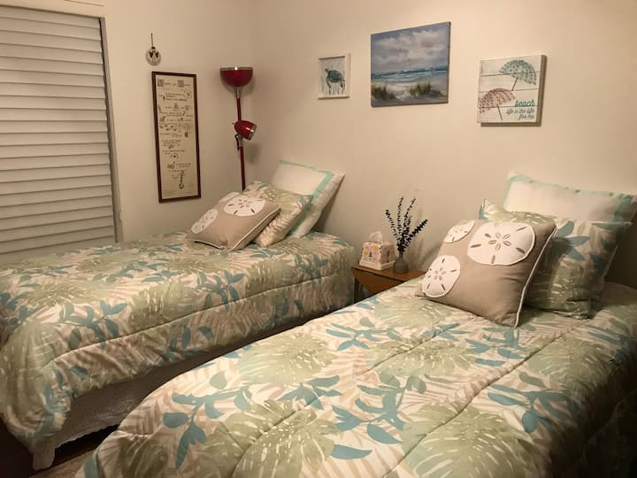 Affordable Room for one or couple