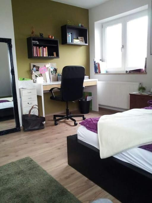 sch nes zimmer mit ausblick h user zur miete in neusitz bayern deutschland. Black Bedroom Furniture Sets. Home Design Ideas