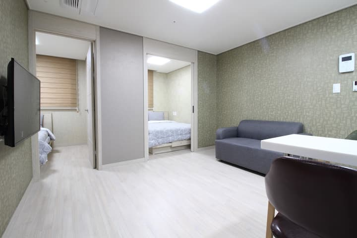 E3[DFS 100m Airport 2.4km] 2 Queen Beds Residence