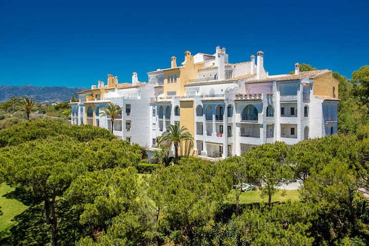 Puerto Cabopino Marbella - Luxury 3 bedrooms