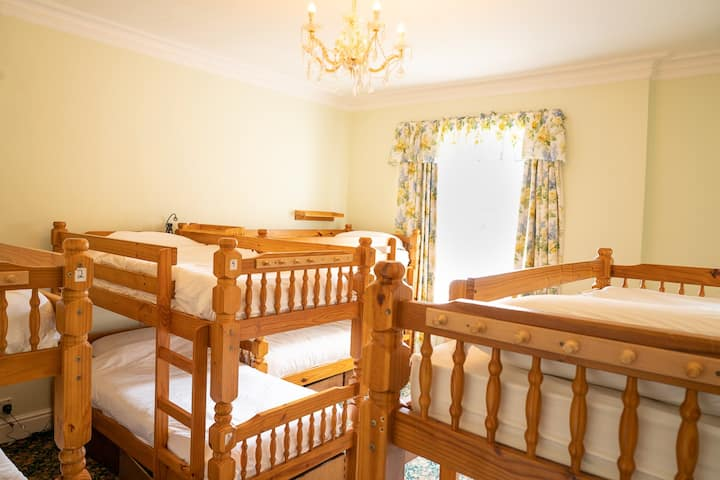 1 Bed in a Mixed 8 Bed Dorm
