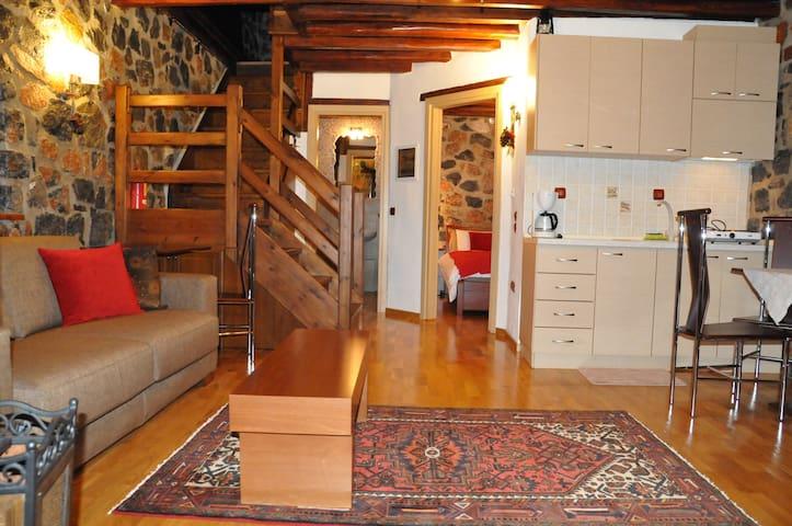 House / Suites - Agios Athanasios/Kaimaktsalan
