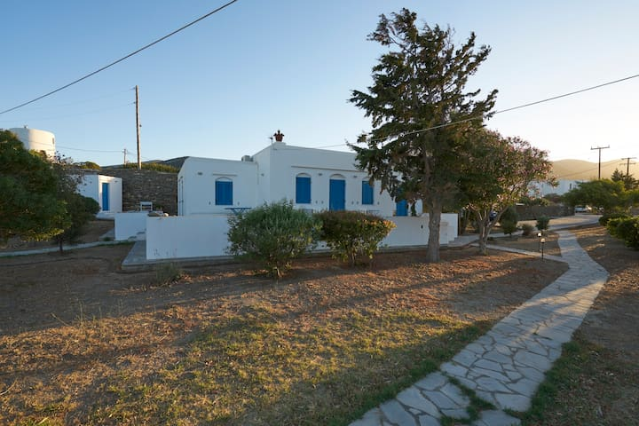 Holiday Villa in Exambela Sifnos