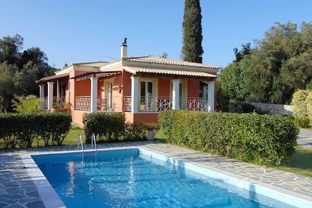 Holiday Villa Grecia in Corfu - Liapades