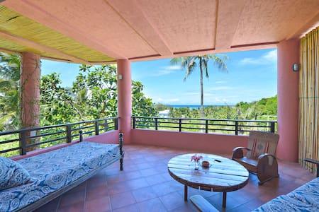 Peaceful, Ocean View Apartment - Malay - Appartamento