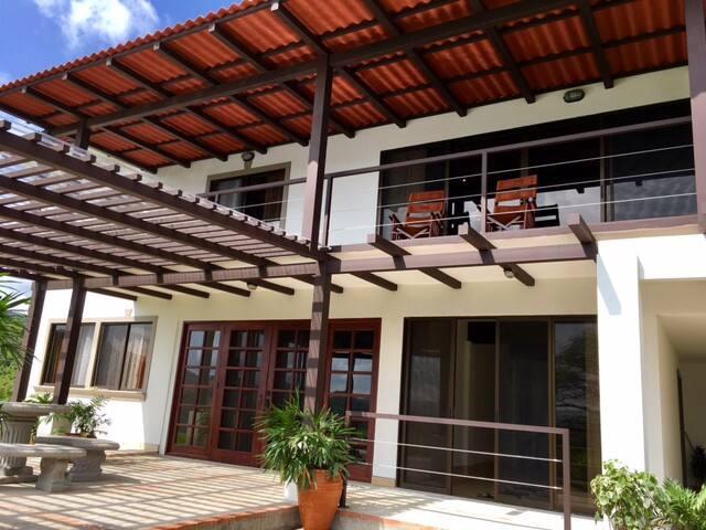 Casa Katalena- a Peaceful Arenal Lakefront Home