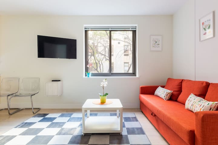LOVELY APT!GREAT LOCATION!Enjoy Meatpacking w/us! - New York - Apartment