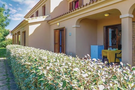 Holiday apartment with 2 bedrooms on 63m² in San Teodoro OT