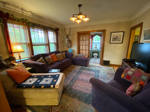 Living Room with TV/DVD/Roku