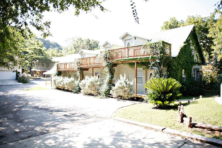 Tiki Loft #4 | Guadalupe | River Road | Sleeps 4
