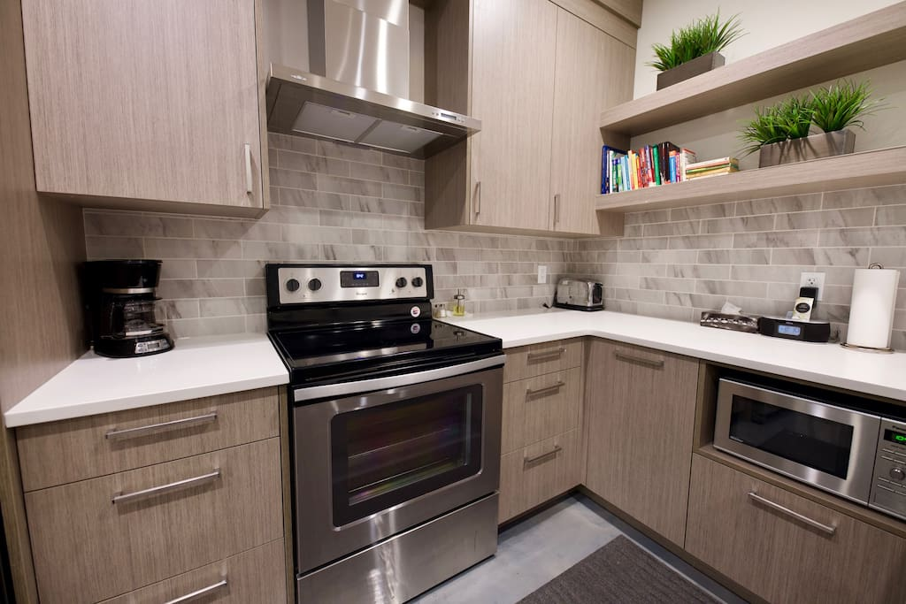 Well Equipped Kitchen For Your Cooking Needs