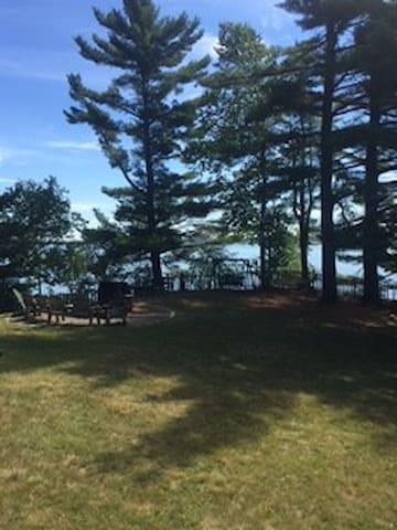 """Lakeside Cedar Cabins #8- """"Cedar"""""""