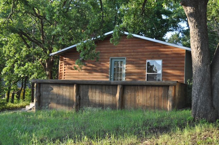 Catfish Cabin at Texoma sleeps 6! - Gordonville - Rumah