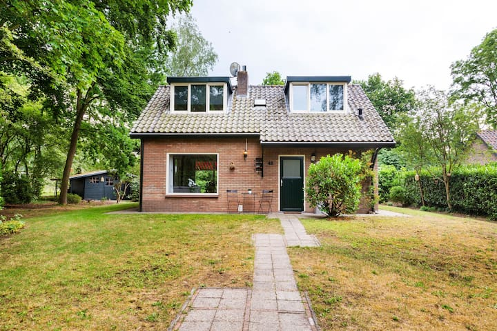 Pleasant holiday home in Oosterhout with Golf and Spa