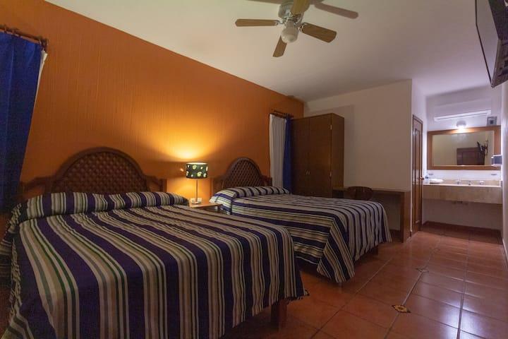 Hotel Degollado - Mágicamente acogedor (Doble3)