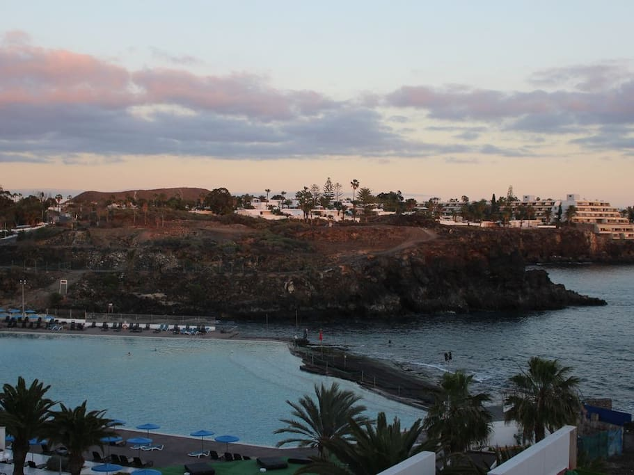 From the roof terrace to the seawater pool