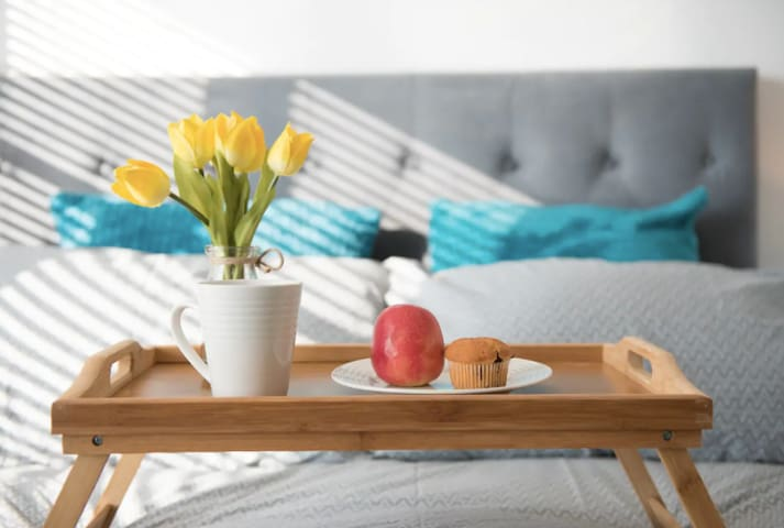 The Nautical, stunning 2 Beds flat+private parking