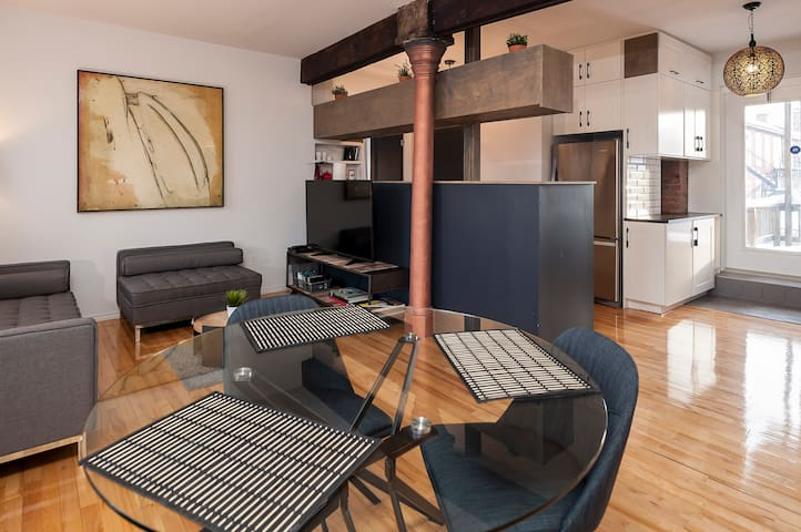 Amazing newly renovated loft in Old MTL w/Parking