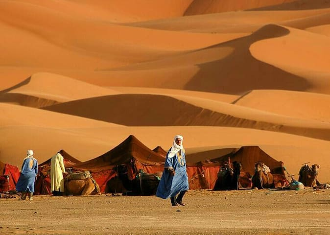 Camp with Trips Around Morocco - Merzouga - Zelt