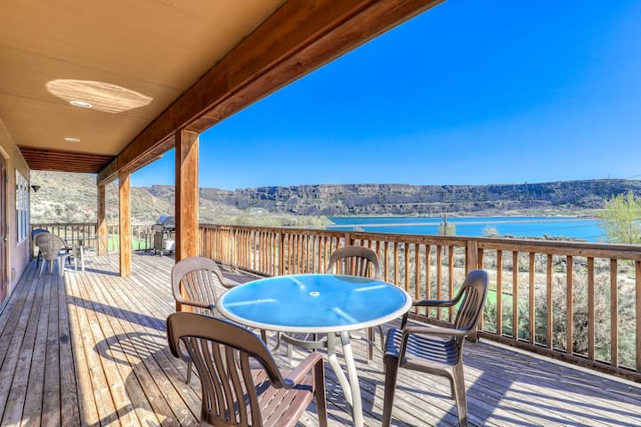 Expansive, dog-friendly retreat w/ fireplaces, private BBQs, and lake views!