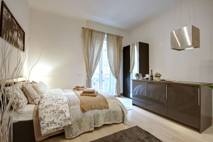 TARRA - 50 meters from Central Station - Milano - Apartment