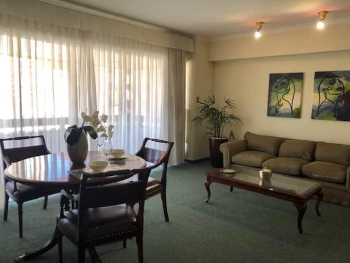 Departamento en Toborochi Suites zona Equipetrol