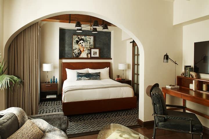 Hotel Figueroa, Classic Suite