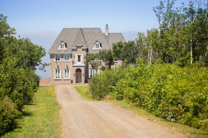 Cliffside Estate