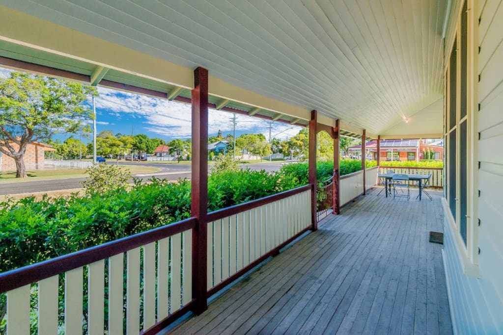 Front verandah with outdoor seating