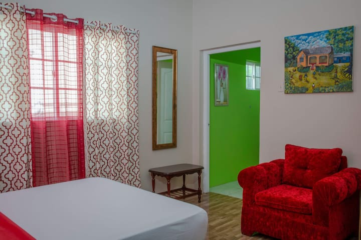 Savan Suite - The Real Jamaican Experience