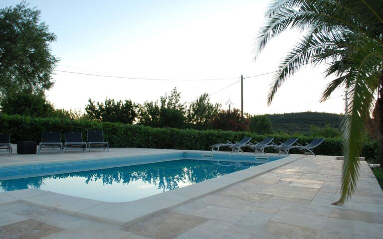 Villa Gabian w/pool, 12 pax,  15 min. from Pezenas