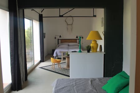 Chambre de 42 m2 / 5 couchages - Oletta
