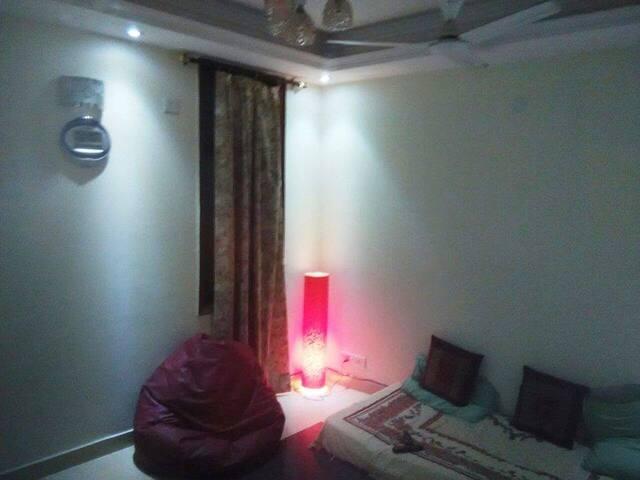 Karan's Den - Nueva Delhi - Apartamento