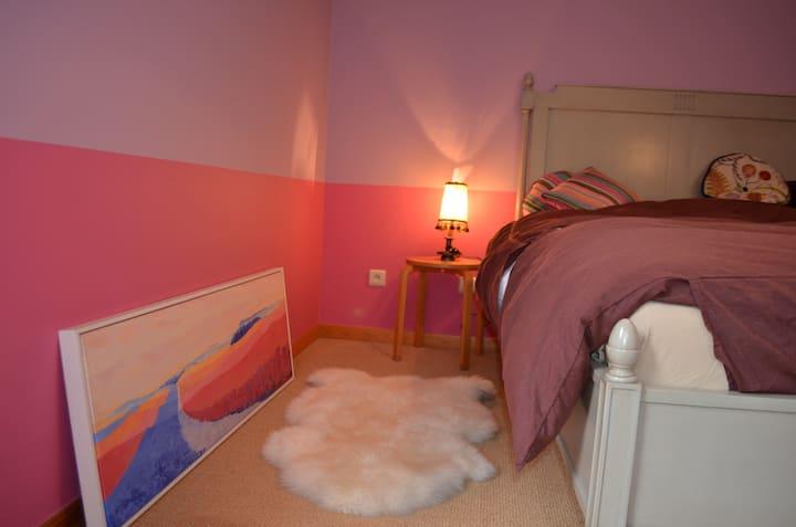 Quite private room  in Villa Park - Circuit Zolder