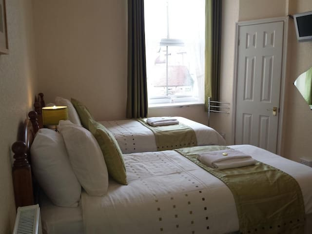 Twin Room with comfortable single beds