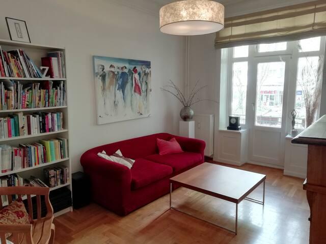 Schöne Altbau-Wohnung in Hamburg-Eimsbüttel