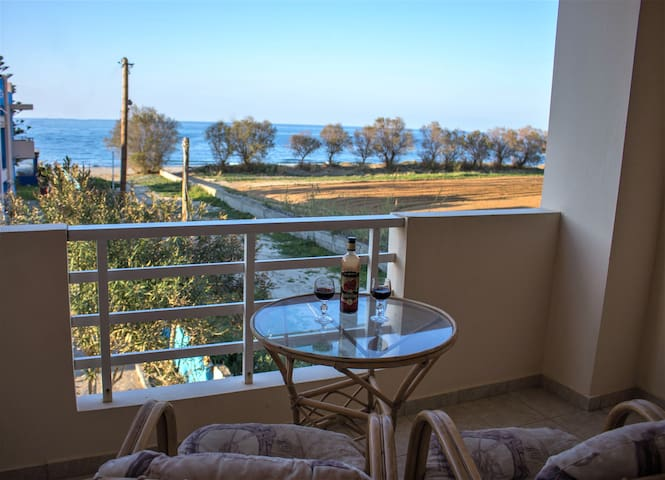 Argyro Rooms by the sea Adelianos Campos Rethymno - Rethymno - Wohnung