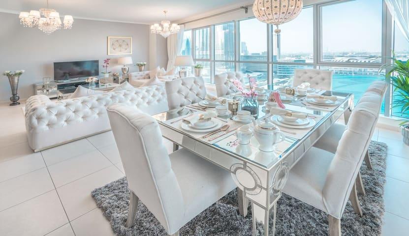 Elite Royal Apartment 3BR & full Burj Khalifa view