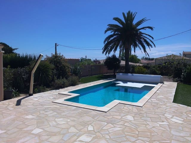 Villa w/ private heated pool - Autignac