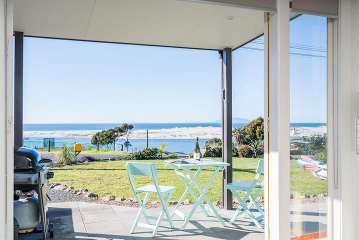 Cheviot Views (Bach Stay Mangawhai)