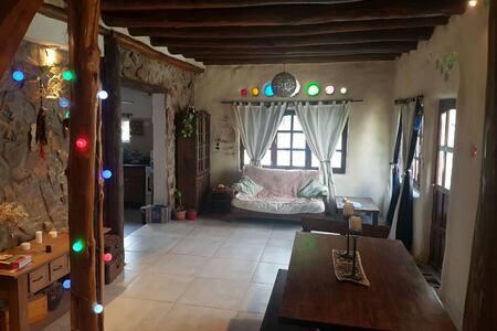 Casa Ecológica - María Juana - House