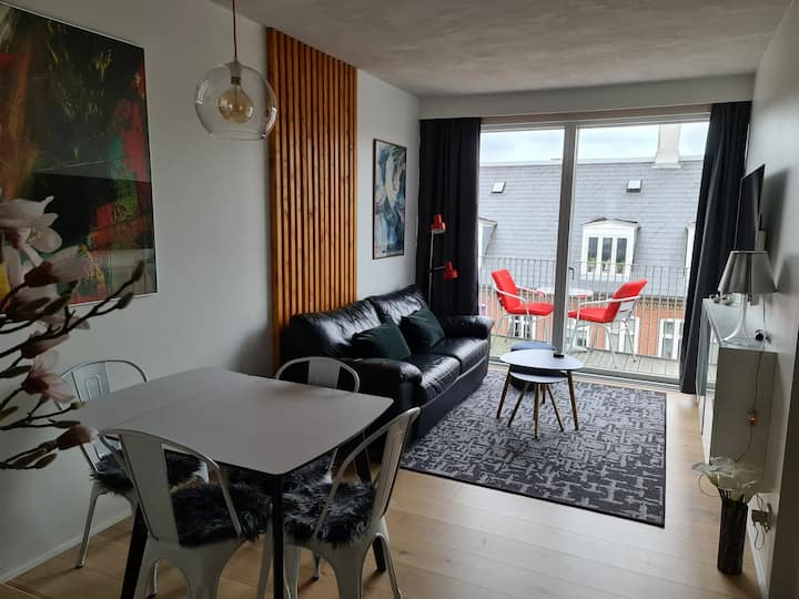 Small, modern apartment in the heart of Vesterbro.