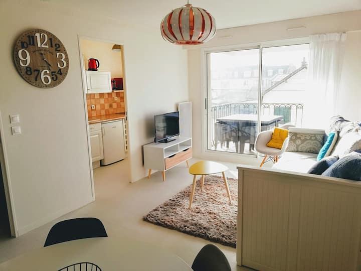 Hypercentre de Cabourg: F2 avec terrasse