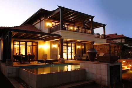 Fairmont Zimbali Resort - 2.5-Bedroom Villa - Dolphin Coast - Villa