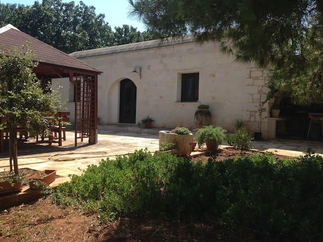Casa In pietra in campagna