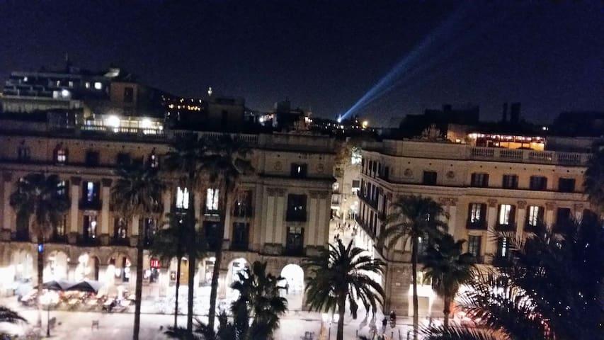 Plz REAL (Square)10  /R1. PENTHOUSE - Barcelona - Pousada