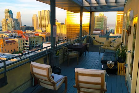 Rooftop Penthouse w/ Amazing Views - San Diego - Apartment