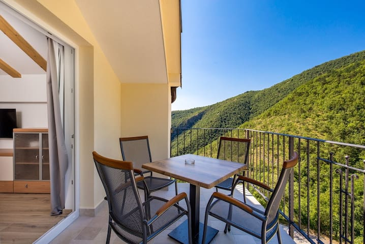 Pansion Villa Betina - Apartment with Balcony